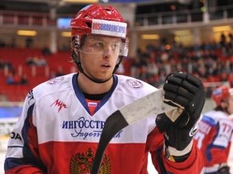 Белов забрал в Омск шайбу, заброшенную на матче с Финляндией