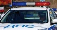 В Омске служебный автомобиль охранного предприятия сбил мужчину и скрылся