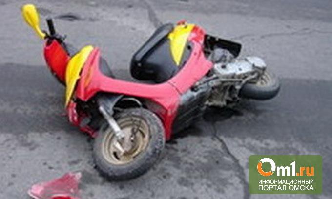 В Омске подросток на мопеде сбил пятилетнего малыша