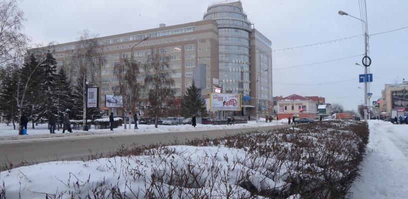 Обзор ситуации на дорогах в Омске: ДТП на проспекте Мира