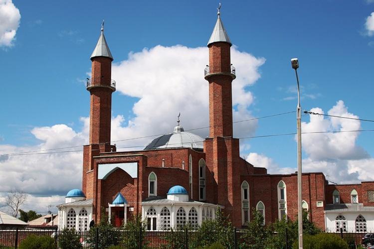 Мусульмане Омска отмечают Ураза-Байрам