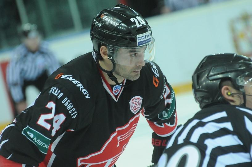 Александр Попов помог сборной России выиграть у Германии