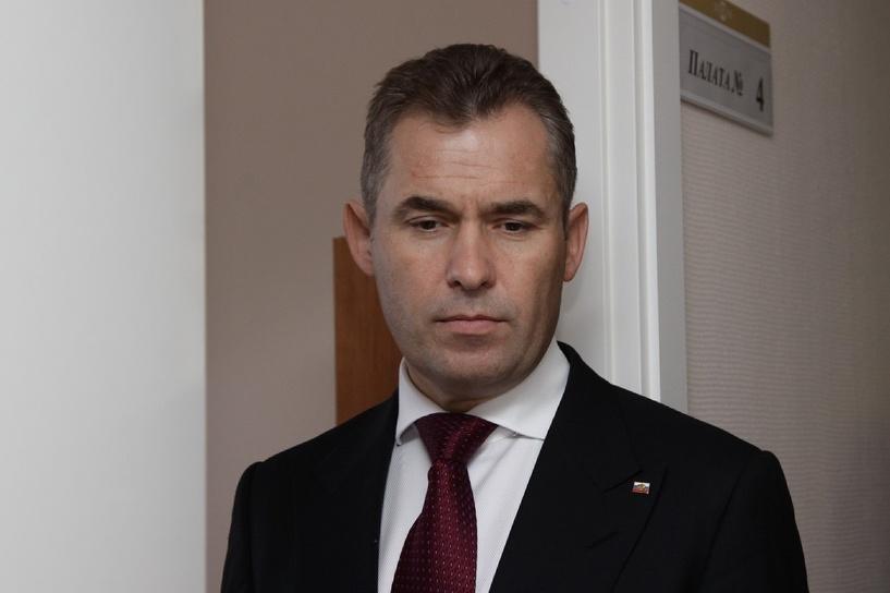 Оскорбляет женщин, защищает педофилов. Президента просят уволить Павла Астахова
