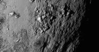 Горы и много льда: NASA показало видео полета межпланетной станции над поверхностью Плутона