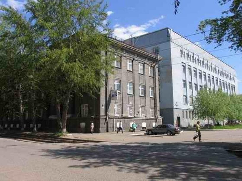 Омской офтальмологической больнице грозит ремонт на 8 млн рублей