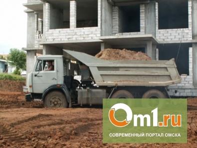 В Омске рабочего на стройке засосало в цемент