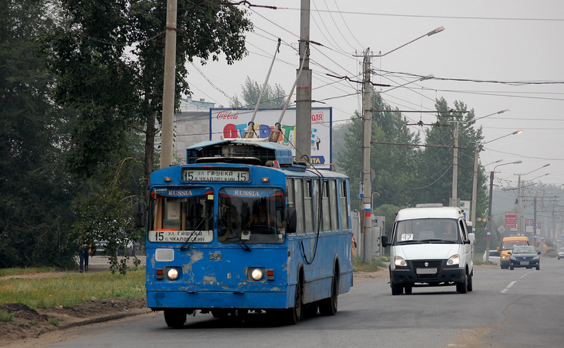 Омичка отсудила 80 тысяч рублей за полученную в троллейбусе травму