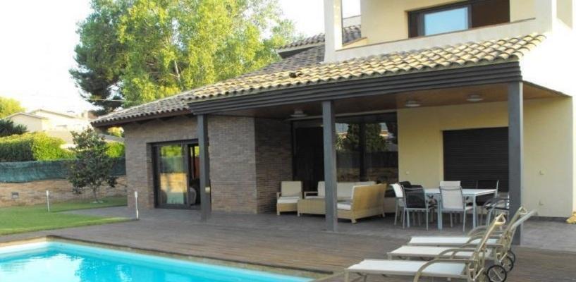 Выгодные инвестиции в недвижимость в Коста-Дораде — лучшем курортном районе Испании