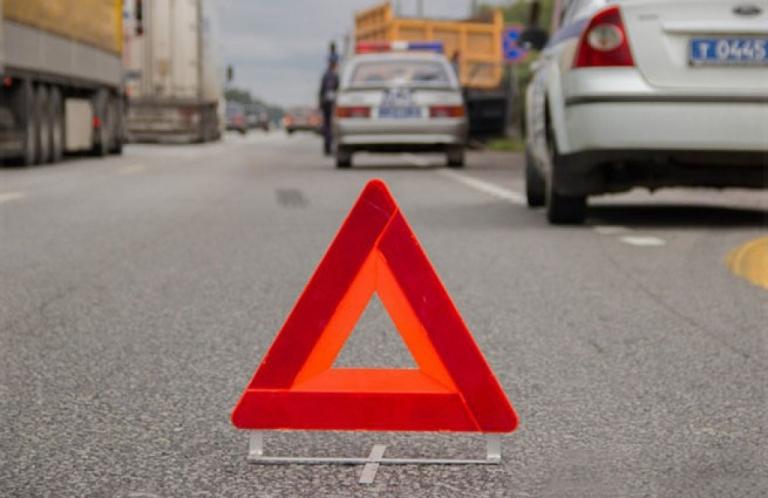 На трассе Тюмень-Омск нетрезвый водитель «ГАЗели» врезался в «Оку»