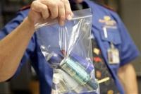 После терактов в Волгограде в самолеты нельзя проносить жидкости в ручной клади