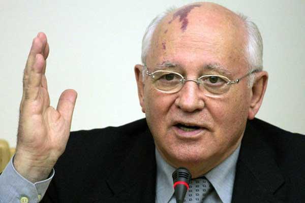 Горбачев: кризис на Украине приведет к страшному побоищу в Европе