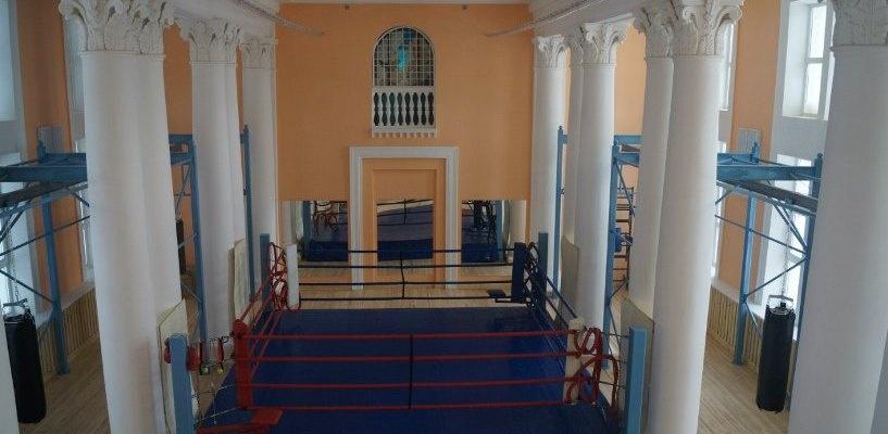 В Омске открылся Дворец бокса в здании бывшего аэропорта