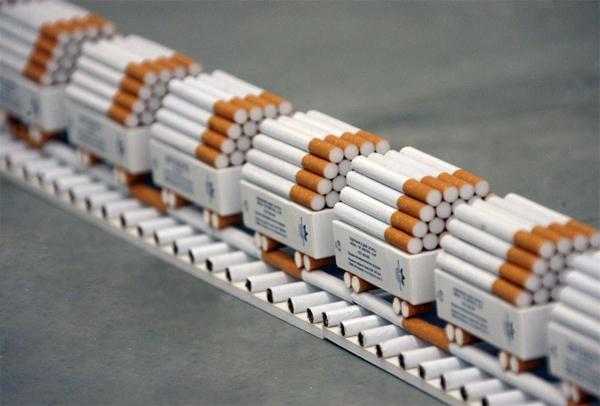 Производители сигарет второй раз за год повысили цены