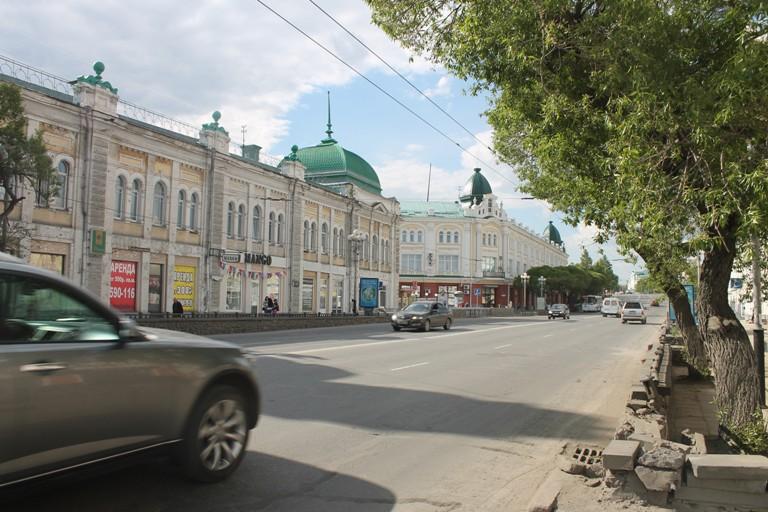 В Омске на улице Ленина оборудуют еще одну остановку и изменят скоростной режим
