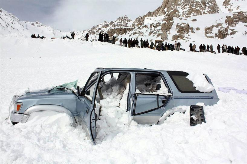 Топ-5 событий недели: снежная лавина в Омске и «50 оттенков серого»