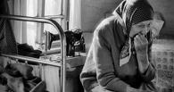 В Омской области сын избивал пожилую мать бутылкой из-под водки