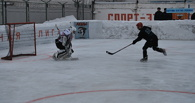 Омские заключенные сыграли в хоккей в поддержку «Авангарда»
