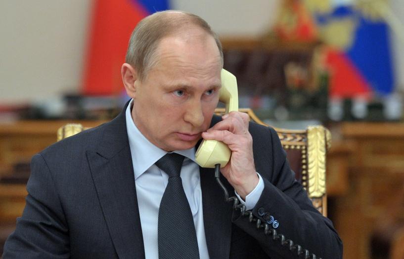 «Они ребята безвредные»: Владимир Путин позвонил Элтону Джону и извинился
