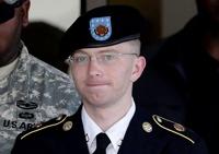 Информатор WikiLeaks получил 35 лет тюрьмы