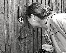 Глава поселения в Омской области заплатит штраф за излишнее любопытство