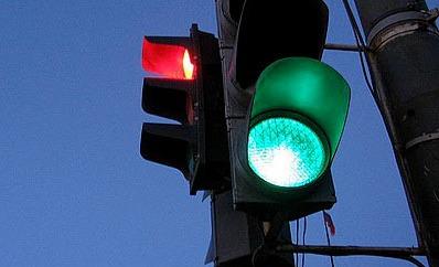 Омские власти попытаются убрать пробки с перекрестка Маркса и Лермонтова