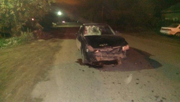 В Омске на Менделеева пьяный водитель сбил женщину и попытался скрыться