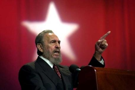 Фидель жив! Лидер кубинской революции, больше года не появлявшийся на публике, вышел в свет