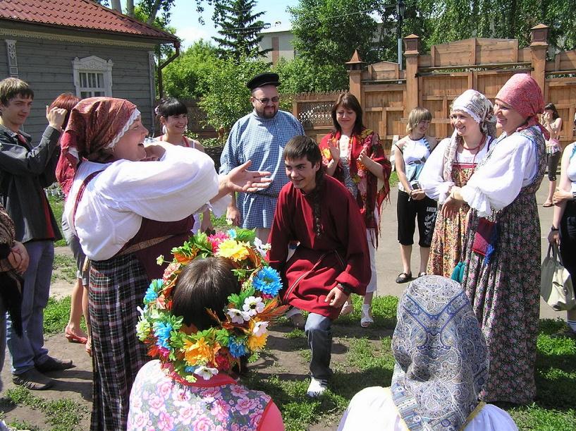 В Омске собирают деньги на поездку воспитанников детских домов в Большеречье