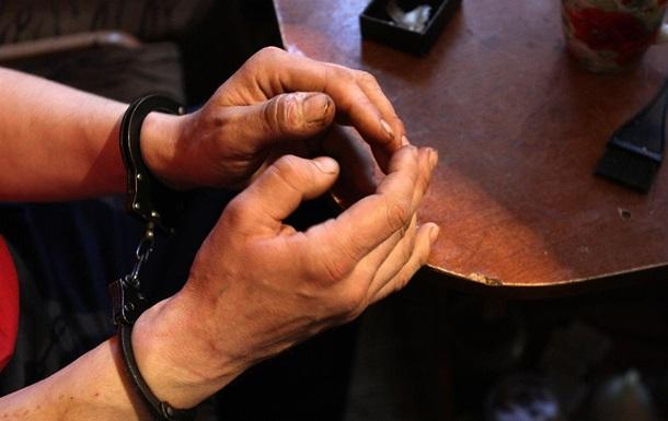 В Казани задержали омичей, которые торговали наркотиками