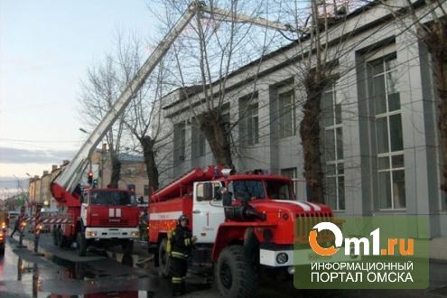 Омское ДК Красной гвардии «похвасталось» 18-ю нарушениями пожбезопасности