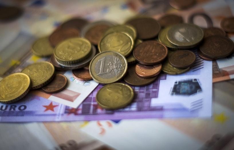 Курс валют: рубль вновь подешевел на бирже
