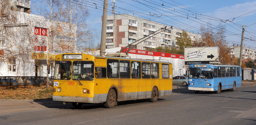 Трамваи и троллейбусы Омска начнут обновлять не раньше 2017 года