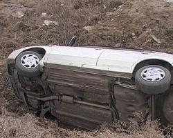 В Омской области водитель без прав перевернулся на «шестерке» и погиб