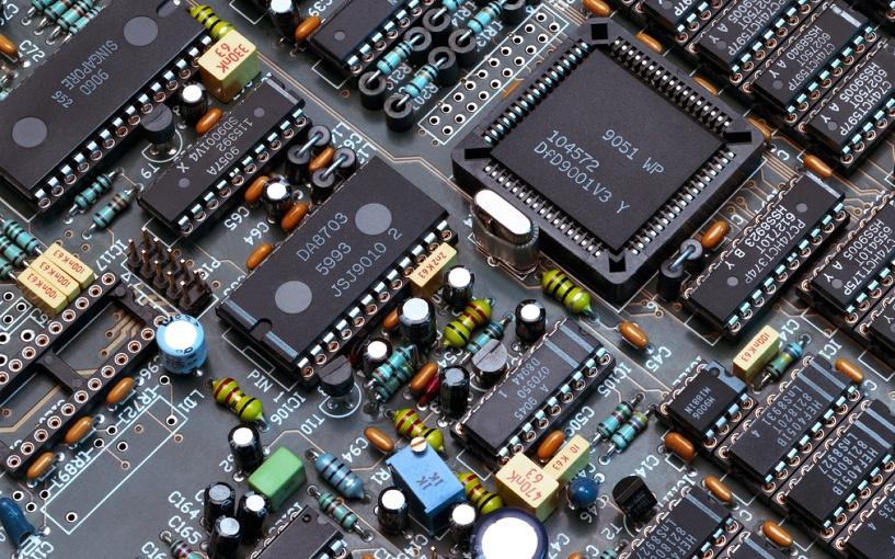 В Омске будут готовить специалистов высокого уровня в сфере радиоэлектроники