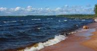 Во время шторма на озере в Карелии погибли одиннадцать детей