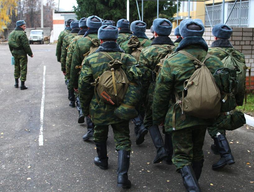 2100 молодых омичей пополнят ряды Вооруженных Сил РФ