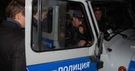 В Омске автоугонщик бросился на полицейских с ножом