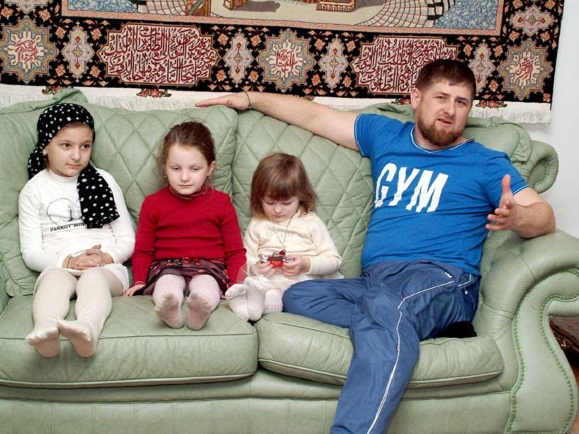Кадыров пригрозил отбирать и продавать машины за нарушение ПДД