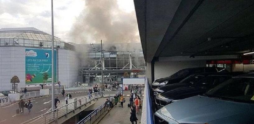 В брюссельском аэропорту прогремели два взрыва