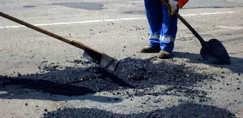 Деньги на ремонт дорог в Омске теперь будут выделять быстрее