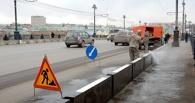 Омские власти жалуются, что не успевают очищать переходы от нецензурных надписей
