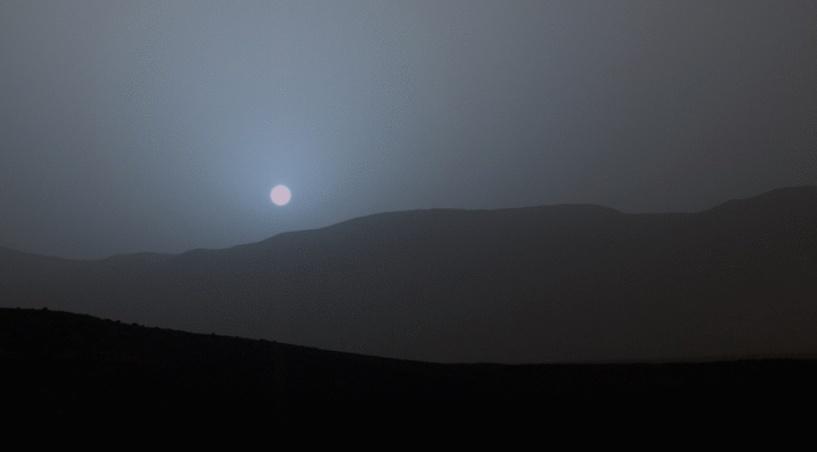 NASA показало фотографии заката Солнца на Марсе