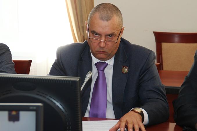 Фролов пообещал, что 1 сентября транспорт в Омске выйдет на маршруты