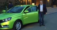 «Хорошая машина!» Владимир Путин прокатился за рулем Lada Vesta по сочинским серпантинам