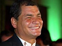 Президент Эквадора «заморозил» зарплату министрам и себе