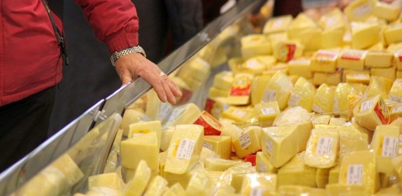 Вы не так поняли: Россельхознадзор опроверг информацию, что почти весь сыр в стране — фальсификат