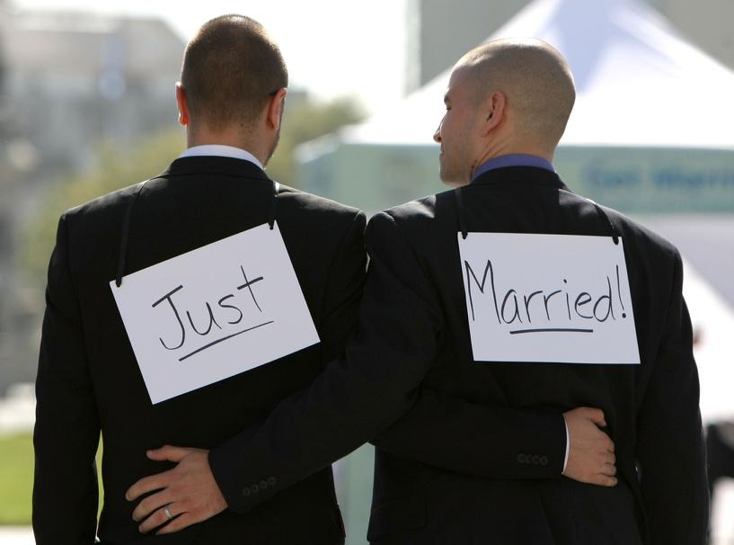В США легализовали однополые браки и грозятся добиться этого по всему миру