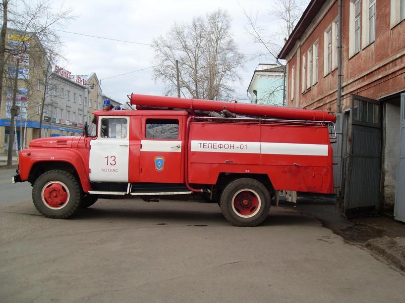 В центре Омска едва не случился массовый пожар частного сектора