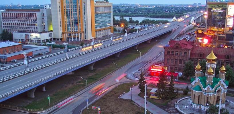 Обзор ситуации на дорогах: дорожные работы на метромосту и ДТП на Гагарина