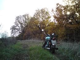 В Омской области мужчина погиб под самодельным мотоциклом